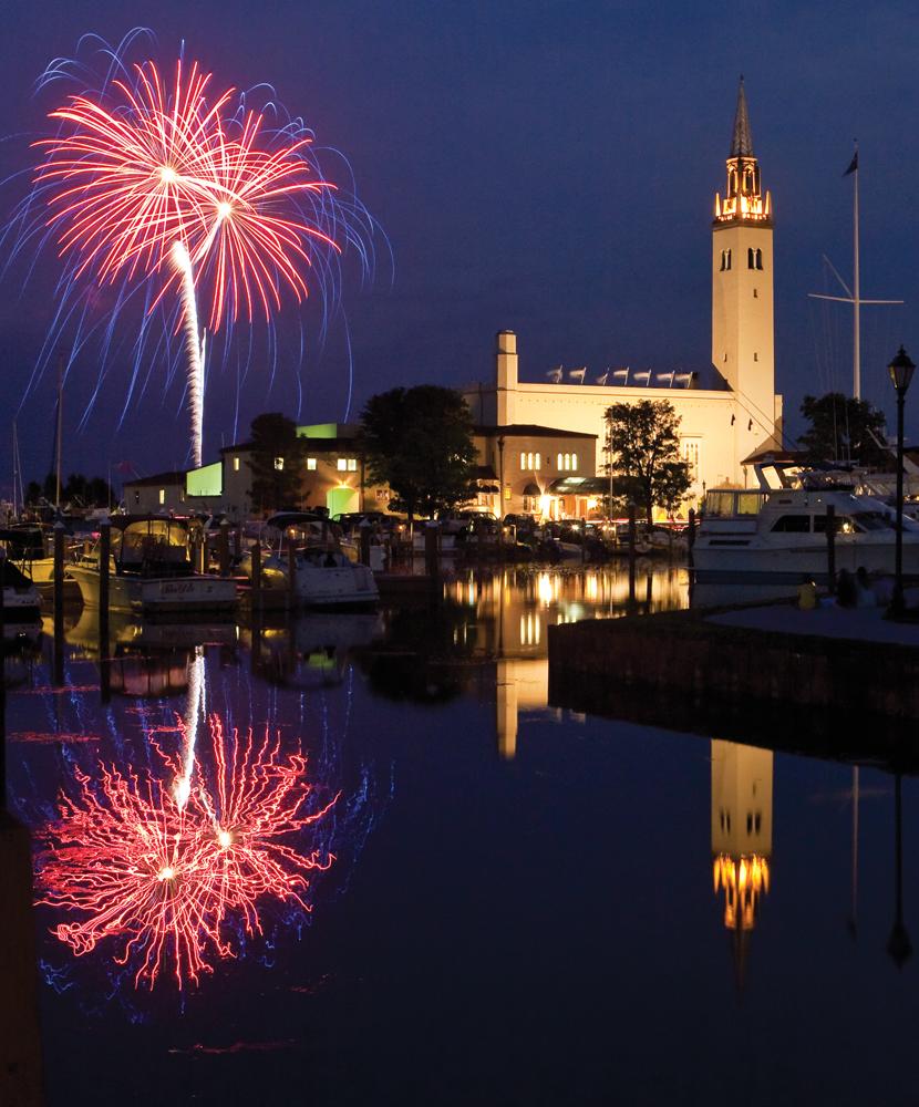 Grosse Pointe Yacht Club Fireworks