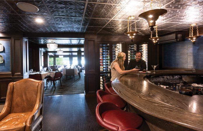 Bar and Piano Lounge in Walloon Lake Inn