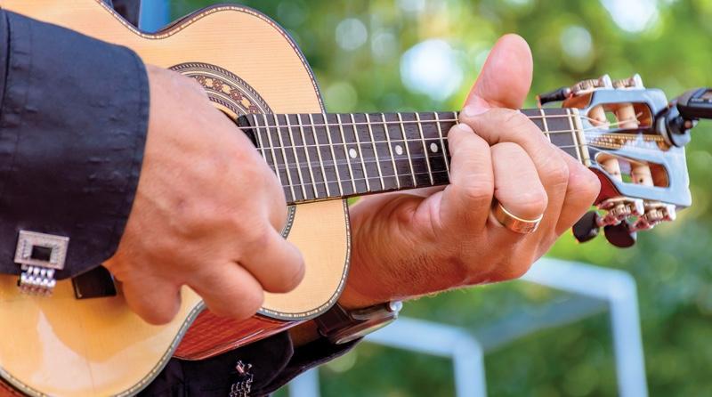 Marquettes-41st-Annual-Hiawatha-Music-Festival