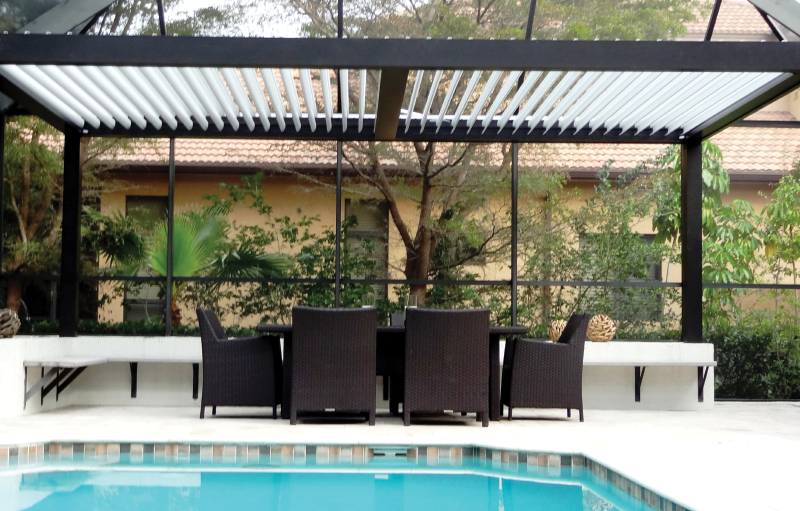 Pergola shade at pool