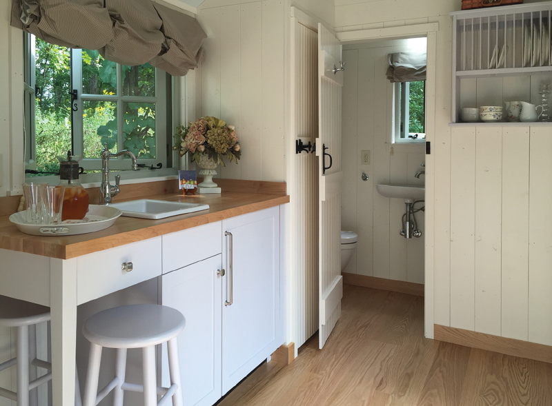 English shepherd hut - interior