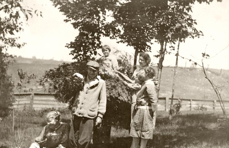 Hemingway old photograph