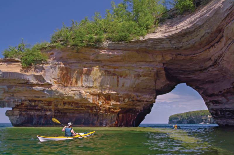 Kayakers at Lovers Leap