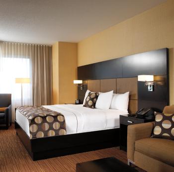 Turtle Creek Casino & Hotel - Bedroom