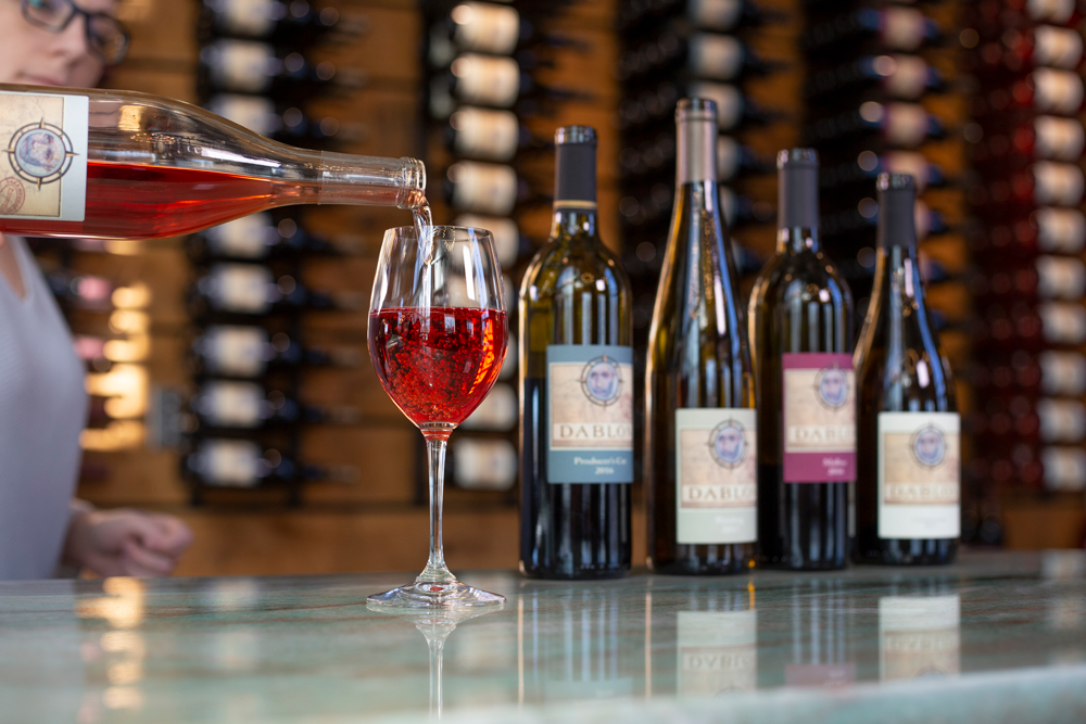 Dablon wines have been highly ranked and praised by Wine Enthusiast Magazine.